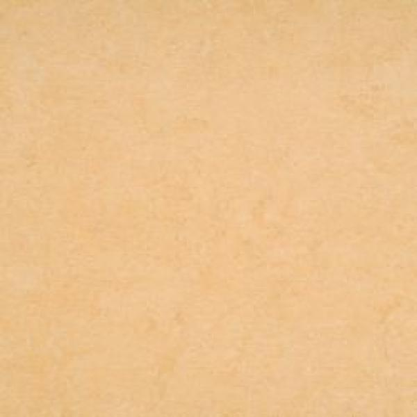 p rodn linoleum armstrong dlw marmorette pur 2 5 mm 121 098 desert beige lino praha. Black Bedroom Furniture Sets. Home Design Ideas